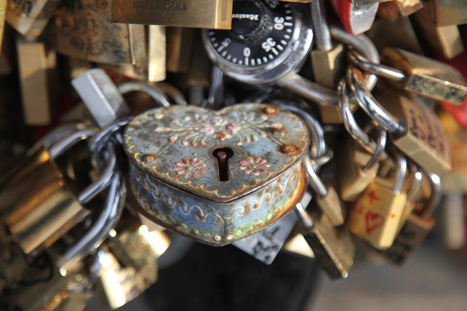 locksmith-1023037_960_720